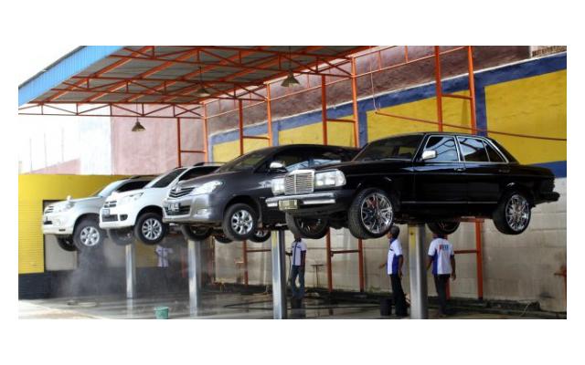 JAKARTA INT'L DENSO Toko Variasi dan Cuci Mobil