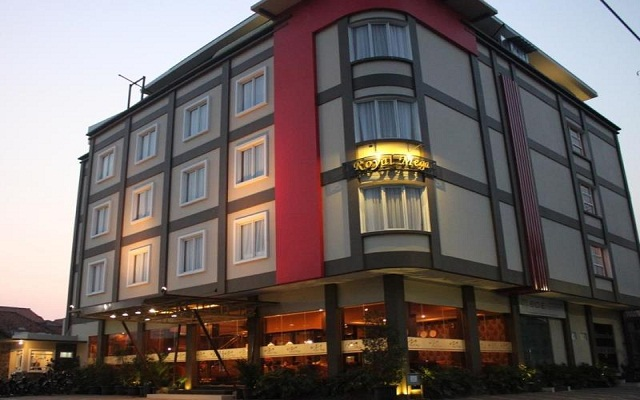 Royal Mega Boutique Hotel Cirebon