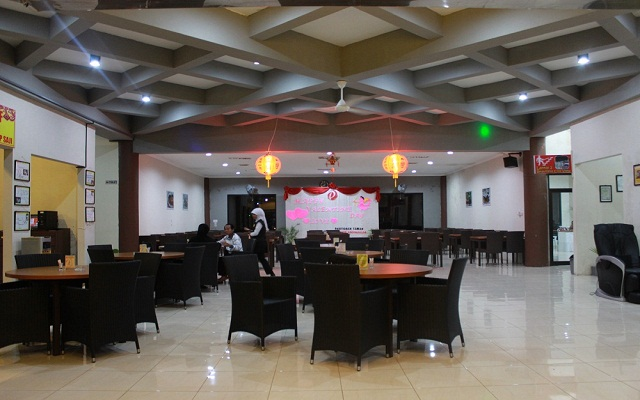 Restoran Pringsewu Gronggong Cirebon 1